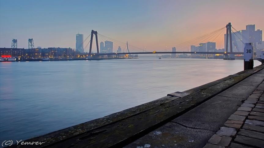 Nieuwe Maas - Willemsbrug