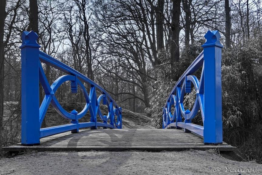 21. Blauwe brug