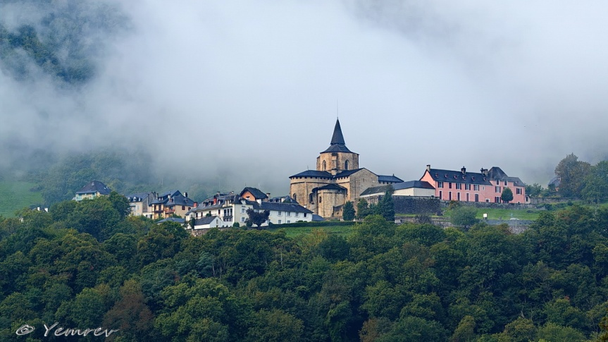 Saint -Savin - in de wolken