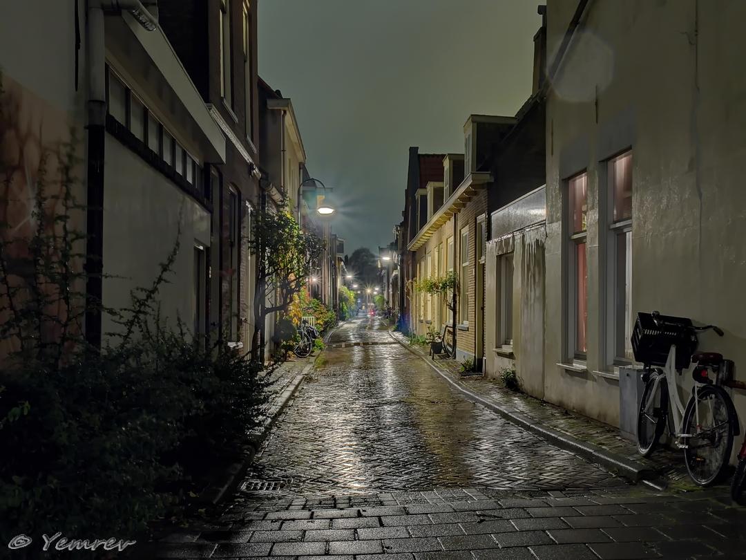 Delft, Donkerstraat