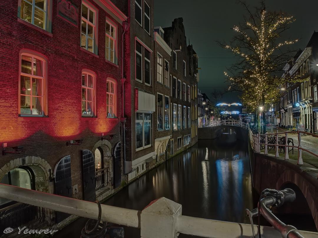 Delft, Wijnhaven/Waagbrug